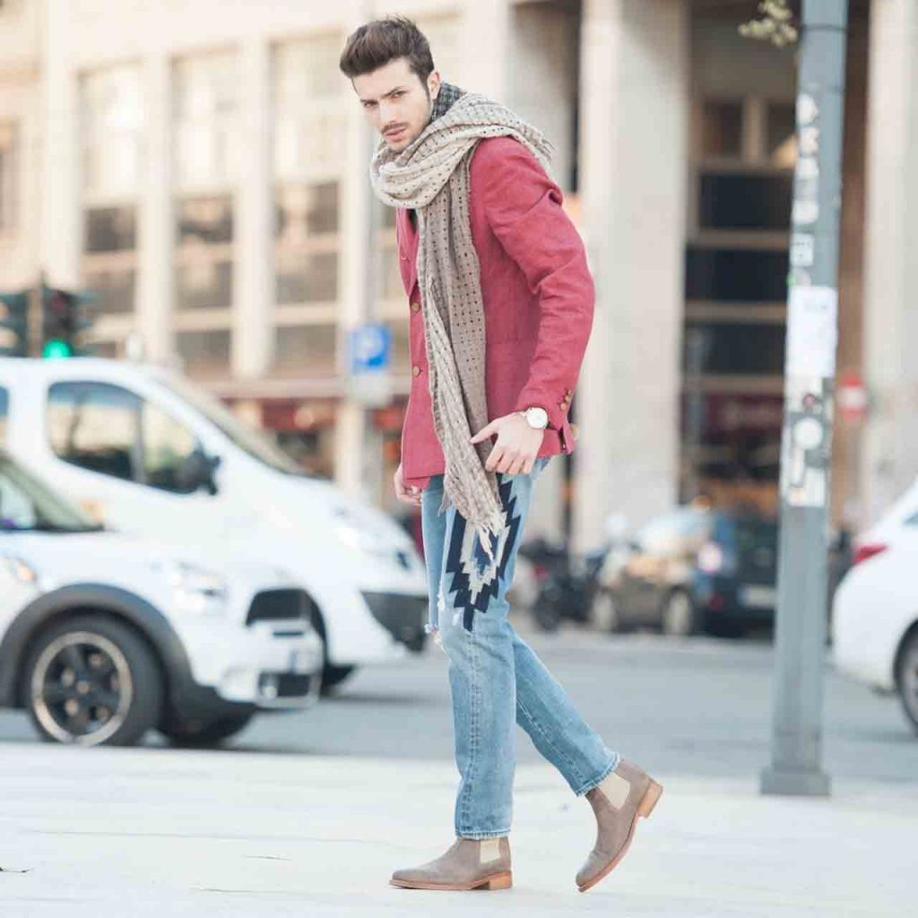 tall man wearing chelsea boots
