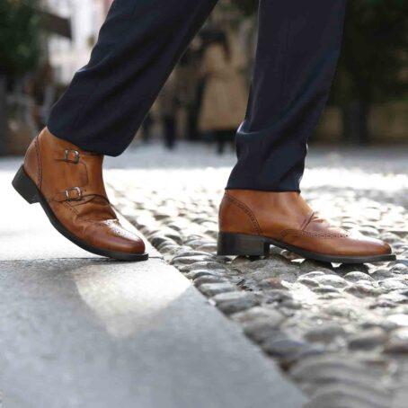 Stiefeletten  aus braunem Leder mit Vintage-Effekten Erhöhte Schuhe 5