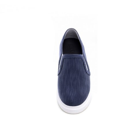 blue slip-ons in blue technic fabric 4