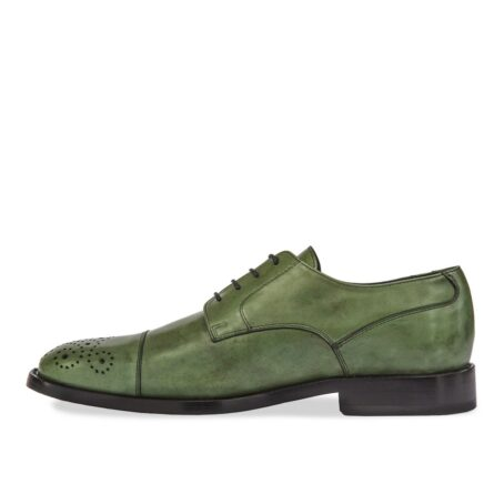 classic oxford shoes in green shades leather with floral brogue decorations on tip 3