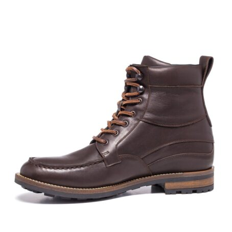 boots in dark brown leather with western style 3