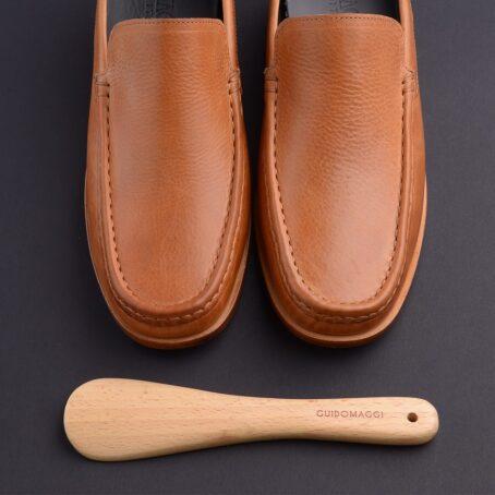 classic mocassini in soft cognac leather