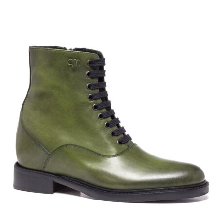 olive green classic boots made in leather 1