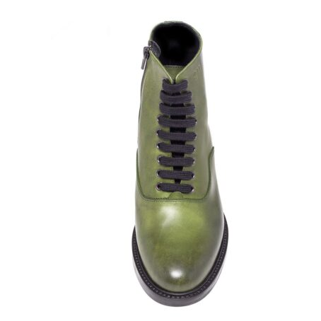 olive green classic boots made in leather 4