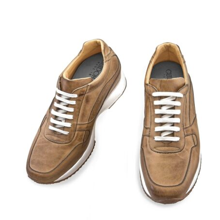 cognac leather sneakers vinage effect 2