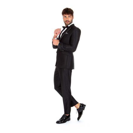 Man wearing wedding shiny shoes