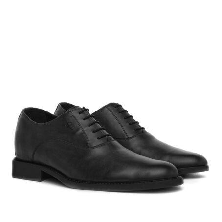 black classic oxford dress shoes