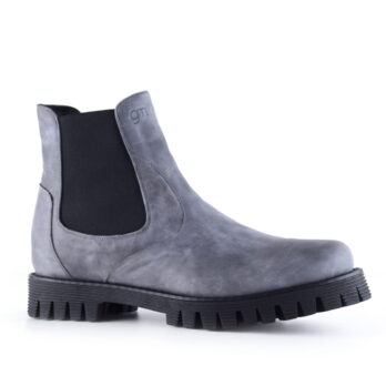 Chelsea boot in light suede gray leather 1