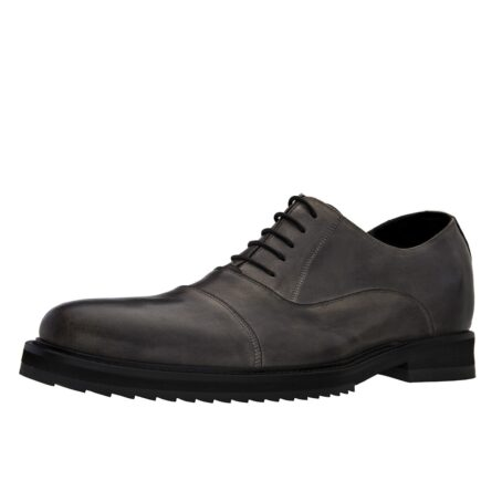 dark leather oxford shoes with aged effect 3