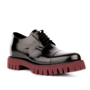 black derby shoes with bordeaux outsole 1