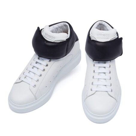 white sneakers with black stripe 2