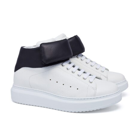 white sneakers with black stripe 6