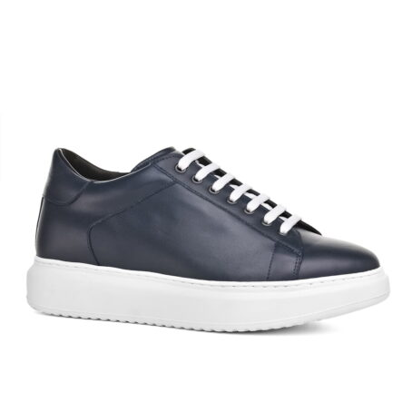 leather sneakers with white cotton laces 1