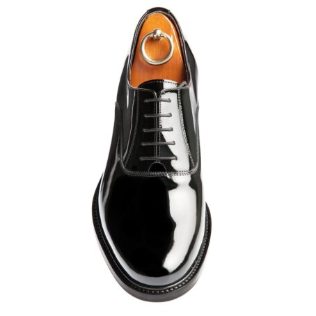 Oxford shoes in calf black patent leather 4