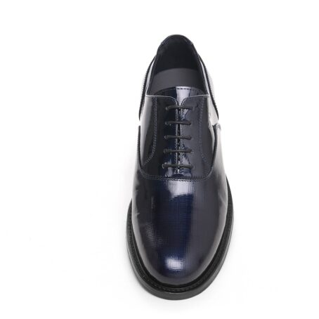 Oxford shoes in patent calfskin leather 4