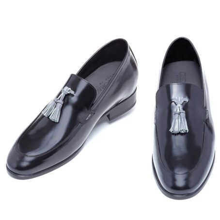 Shiny black tassel loafers 2