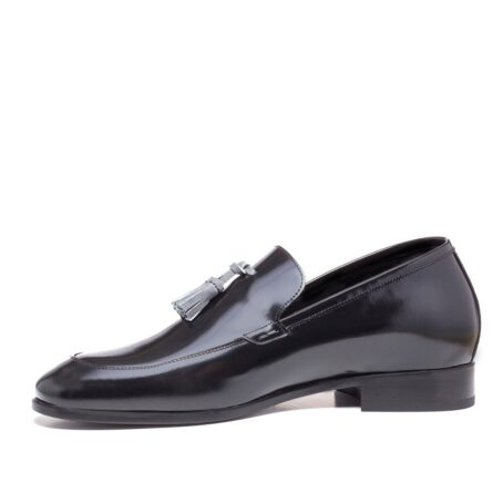Shiny black tassel loafers 3