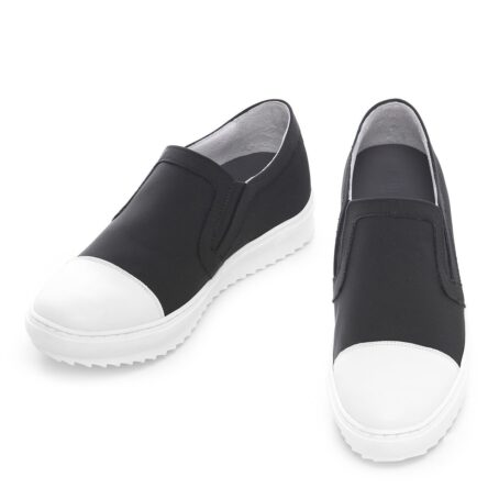 Black and white slip-ons shoes 2