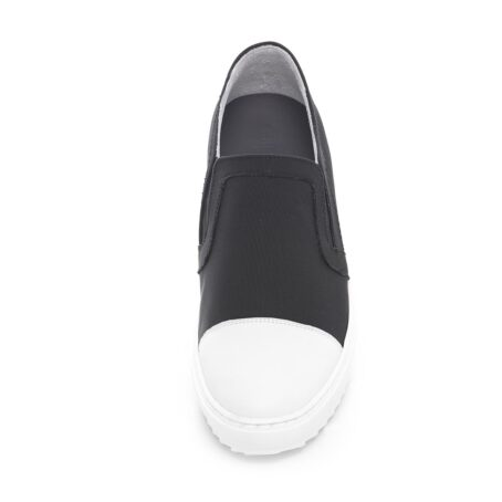 Black and white slip-ons shoes 3