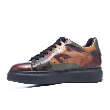 Camouflage sneakers 3