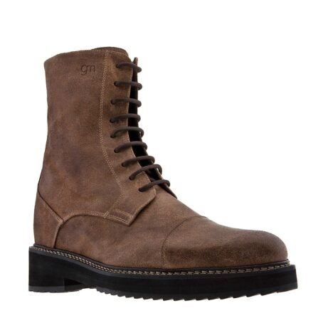 Suede brown boots 1