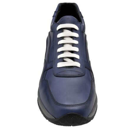 Blue navy sneakers with white laces 4