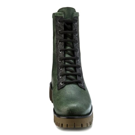 Man wearing green leather boots 4