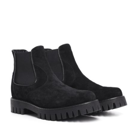 Suede black chelsea shoes 1