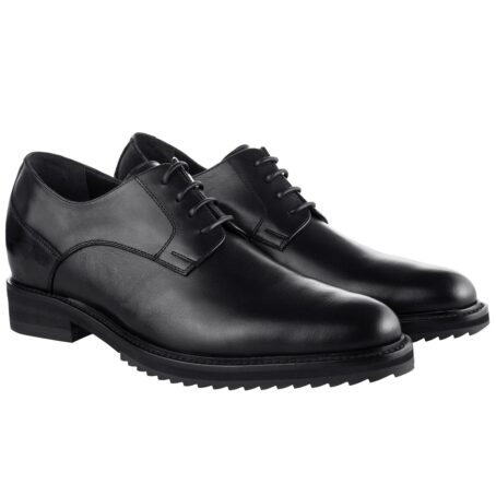 True leather black shoes made in Italy